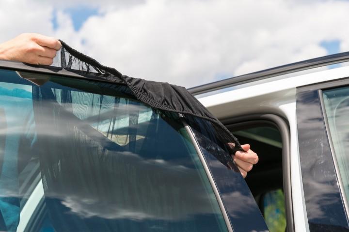 Auto Sonnenschutz  Montage