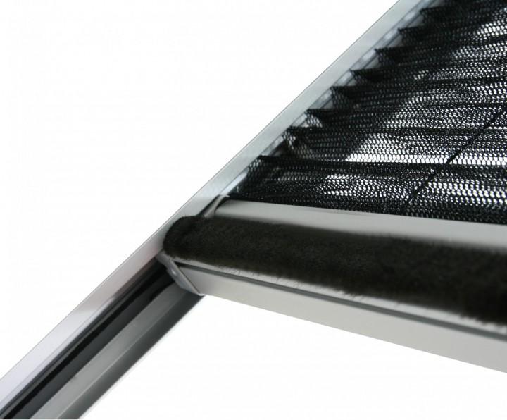 Dachfenster Plissee XL Bürstendichtung an Griffleiste