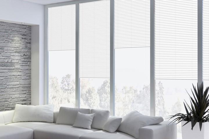 Aluminium Jalousie nach Maß für Fenster, Farbe 2001E reinweiß