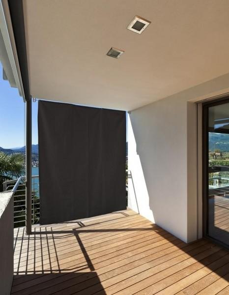 Vertikaler Sonnenschutz Terrassensicht Anthrazit