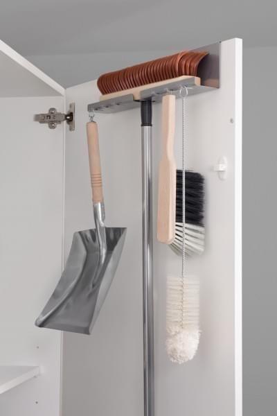 Besen- und Schaufelhalter aus Metall Komplett