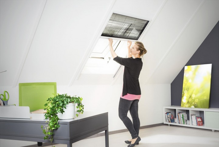 Fliegengitter für Dachfenster Plissee Ambiente weiß