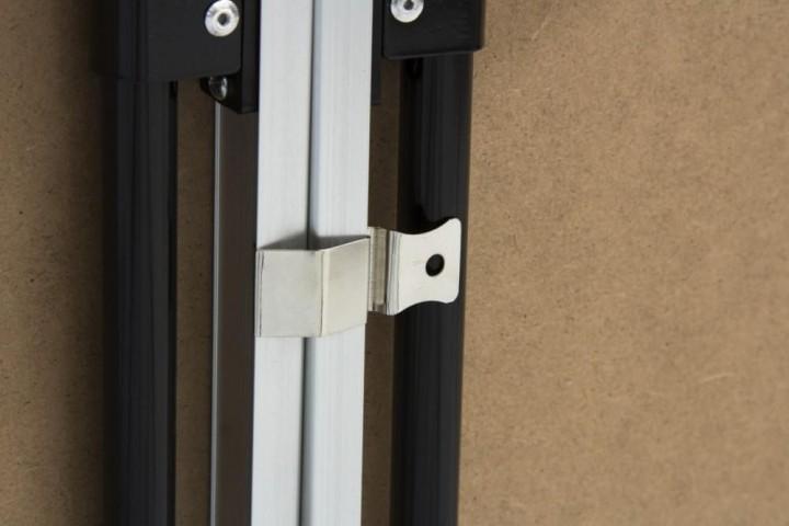 Tapezier- oder Arbeitstisch Detail